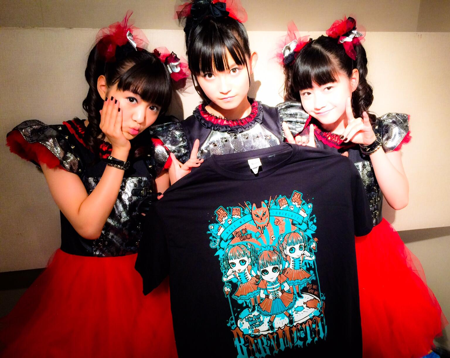 """BABYMETAL on Twitter: """"Paris! Are you ready to mosh'sh ..."""