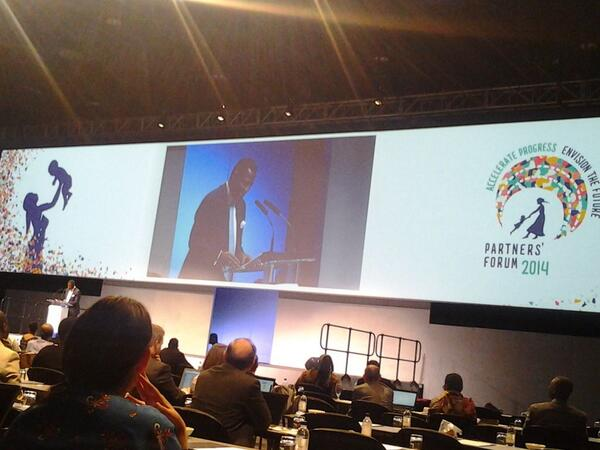 @BabatundeUNFPA officially closing the #PMNCHLive  partners forum. @UNFPA_ESARO reading msg from @phumzileunwomen http://t.co/je2NFeKlYx