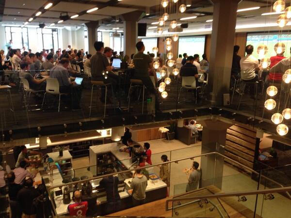 Sports bar or the office? #samesamebutdifferent @jointheflock http://t.co/4TOWZHdp2L