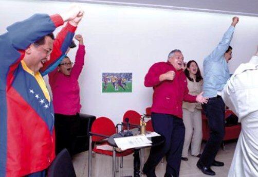 JAJAJAJAJAJAJA no puedo con esto. RT @JulioJMarquez: GOL DE BELGICA CONTRA EL IMPERIO http://t.co/VRjnwpJpK7
