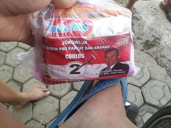 Laba Indofood Tersungkur, Imbas Merosotnya Kepopuleran Jokowi Kah?