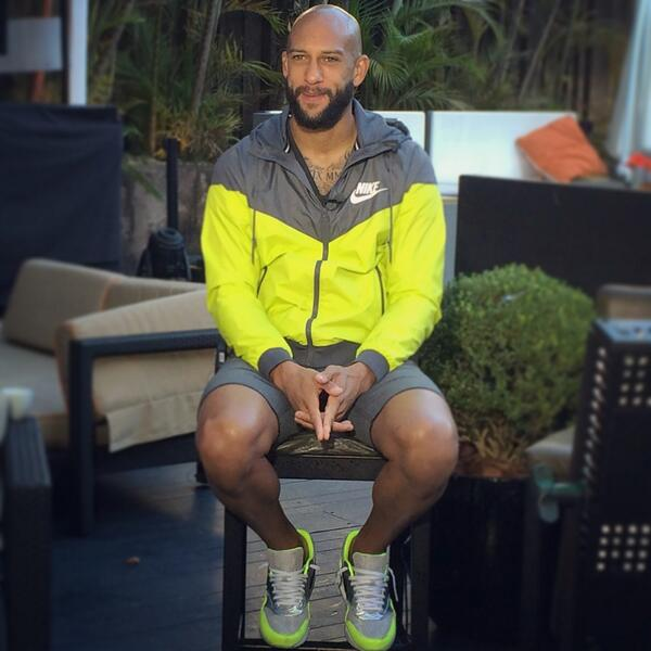 #USMNT @TimHowardGK doing the morning show circuit after last night's record-breaking performance. #Pro #1N1T http://t.co/EJCk3RHgjm