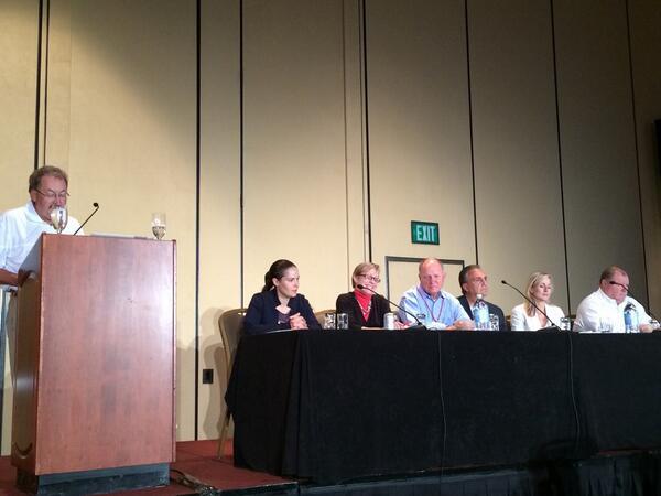 Panel #MasterLab: @US_FDA, @ThePerfectDBlog, @dexcom, @Diabetes_Sanofi, @MDT_Diabetes, @accuchek_us http://t.co/TbuW25jRRB