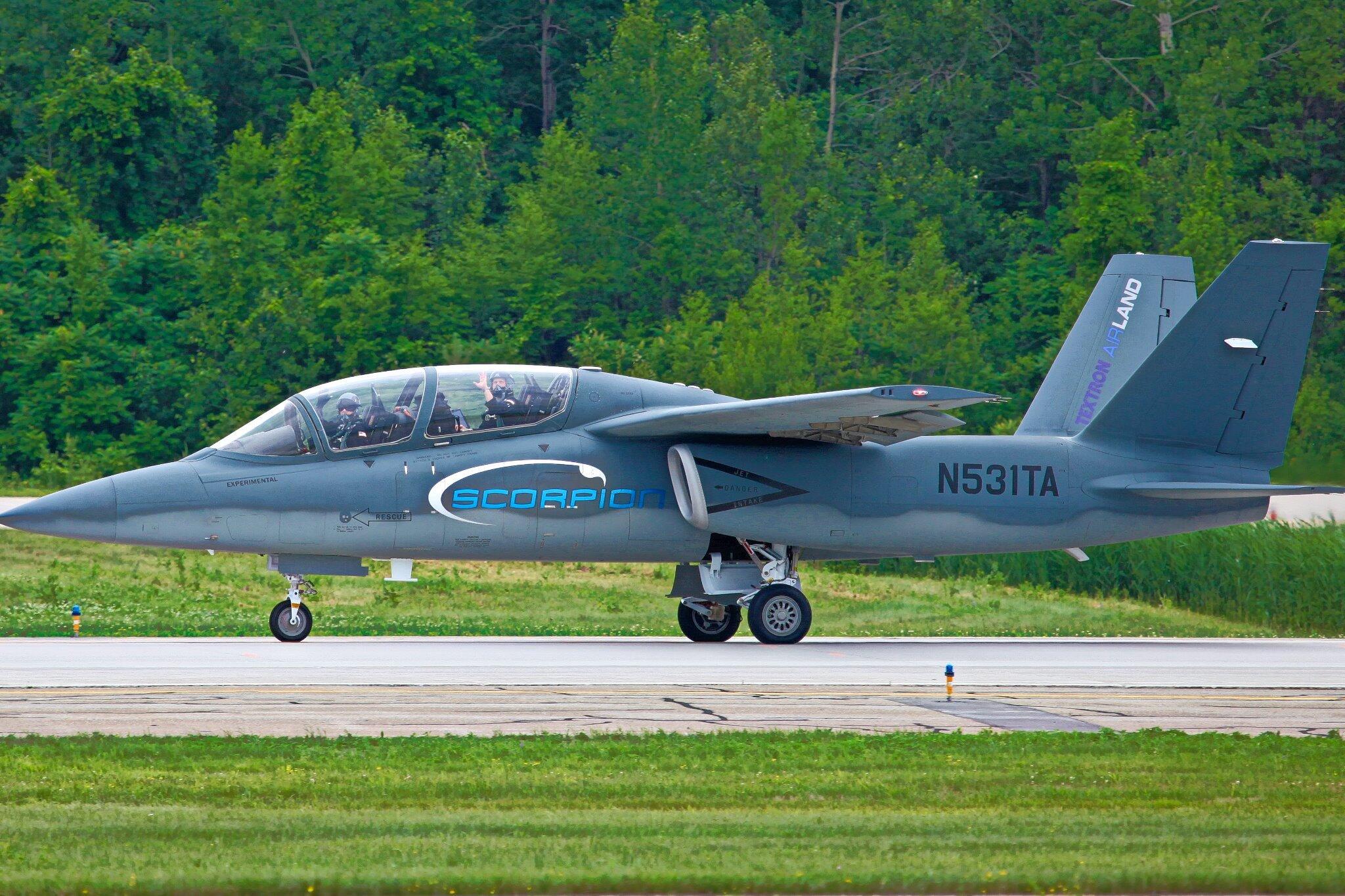 Scorpion ISR/Strike Aircraft BrjeRO8CAAArJK0