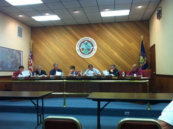 A rare schedule aberration allows me to attend a West #Pottsgrove Commissioners meeting. http://t.co/UWSyalh9O1