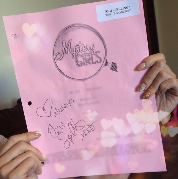 Ready? You have 24hrs 2 RETWEET to ENTER 2 win a @MysteryGirls signed script! #AskTori #MGs1e2 http://t.co/5etNUXjiqX http://t.co/fc2tY1omkL