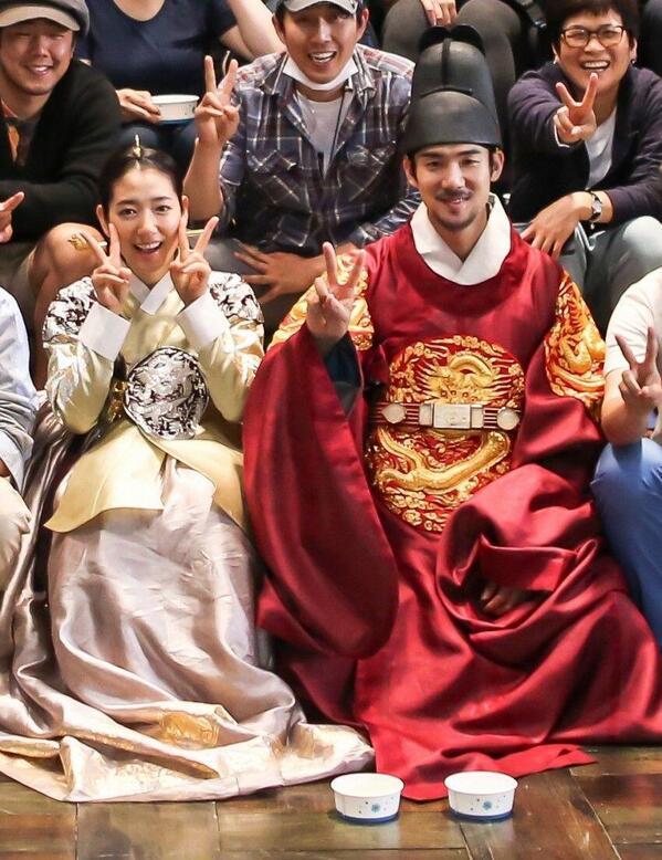 دانلود فیلم کره ای خیاط سلطنتی