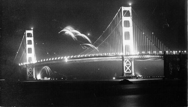 #Tbt to 1937 photo of fireworks over the @GGBridge What are your plans for the #4thofJuly  weekend? http://t.co/OC4rySg80g