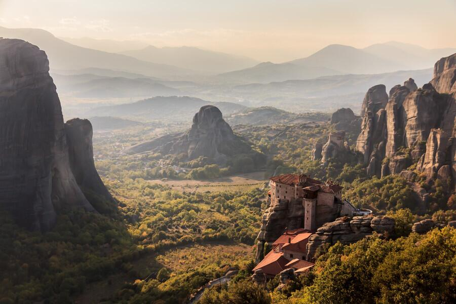 Twitter / ZaibatsuPlanet: Meteora, Greece by enroc #photo ...