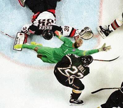 #ThingsTimHowardCouldSave #Sabres http://t.co/h2ztw3UkZm