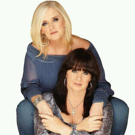 RT @AdnittStacey: @NolanColeen In 2009 i meet the most amazing people THE NOLANS best day of my life. R.I.P Bernie muched loved :) XXX http…