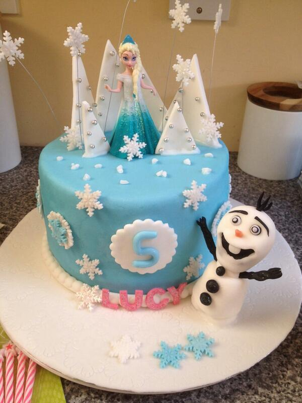 Dee P on Twitter frozen birthday cake for my 5 year old niece