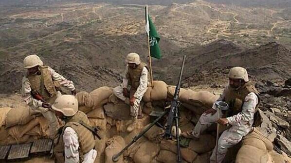 أسود الصحراء في مواقعهم تركوا عائلاتهم لحمايتك فتذكرهم بدعوة.  #السعودية - جنودنا البواسل http://t.co/zMGQ1tImmh