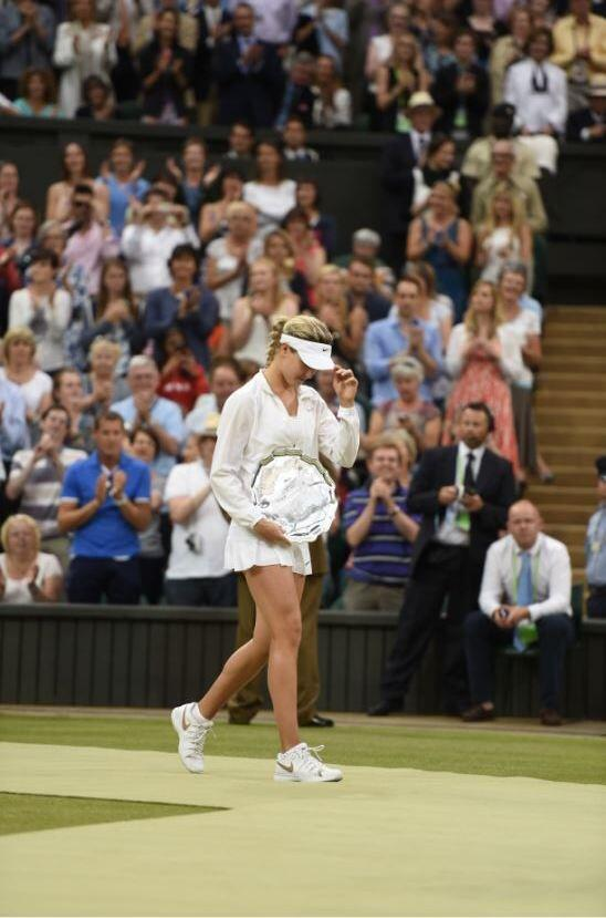 #Bouchard tips her hat to #Kvitova  'I'd like to congratulate Petra, she played fantastic these 2 weeks.' #Wimbledon http://t.co/W31cN0zfQm