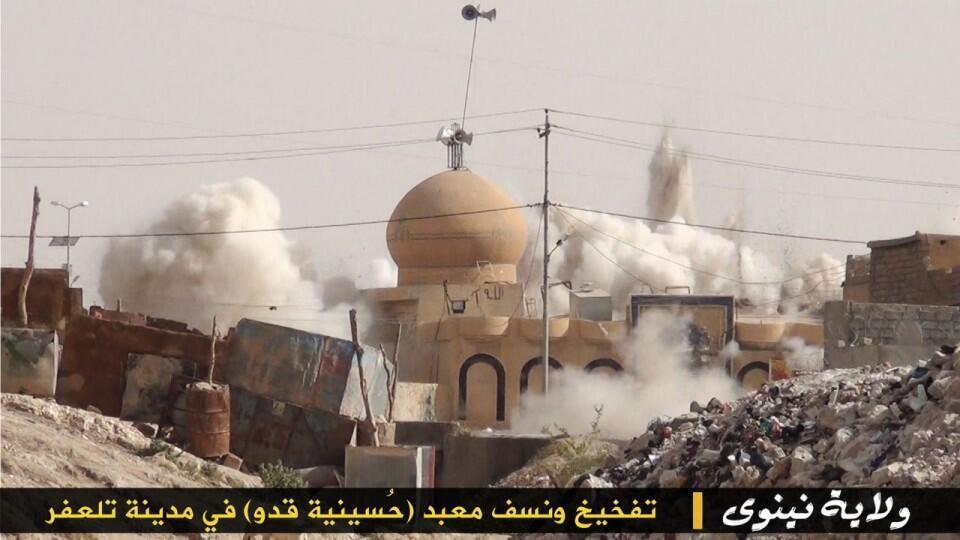 """BrydsJKCQAAvSkH ИГИЛ разрушает мечети """"неправильных"""" мусульман Ислам в России"""