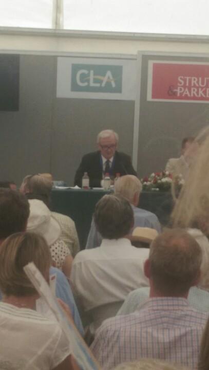 Ian Coghill in full flow debating with @Nigel_Farage #CLAGF http://t.co/7fAYrFujWs