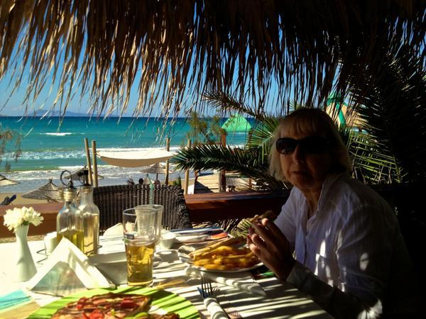 @corfudelfinoblu Your Mango Bar is ... wonderful indeed. http://t.co/WBDLda6mbi