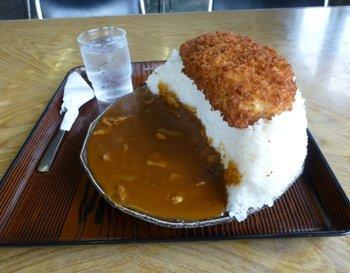 みんな知らないだろうけど、埼玉県でカツカレーと言えばこういうのだから。 http://t.co/XgVuSgiY7F