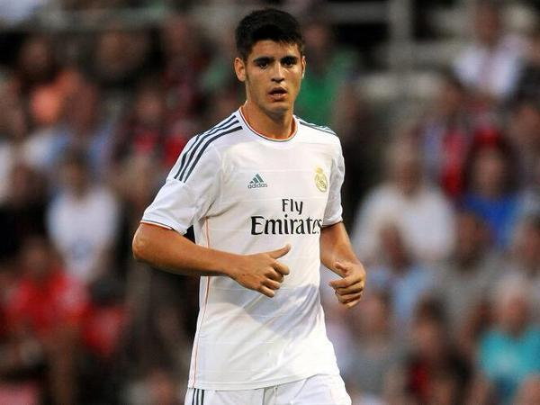 Alvaro Morata €18m transfer to Juventus imminent; Real Madrid include buy back clause [Marca]