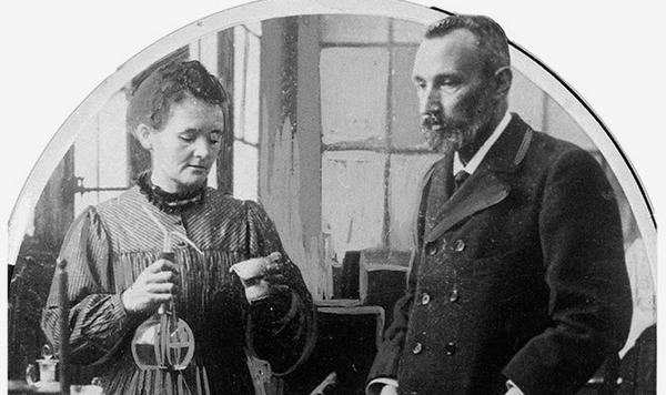 Today in 1898, Marie & Pierre Curie shared the discovery of a new element polonium. Explore more at #FIAFLibrary! http://t.co/vEpW7bPxr0