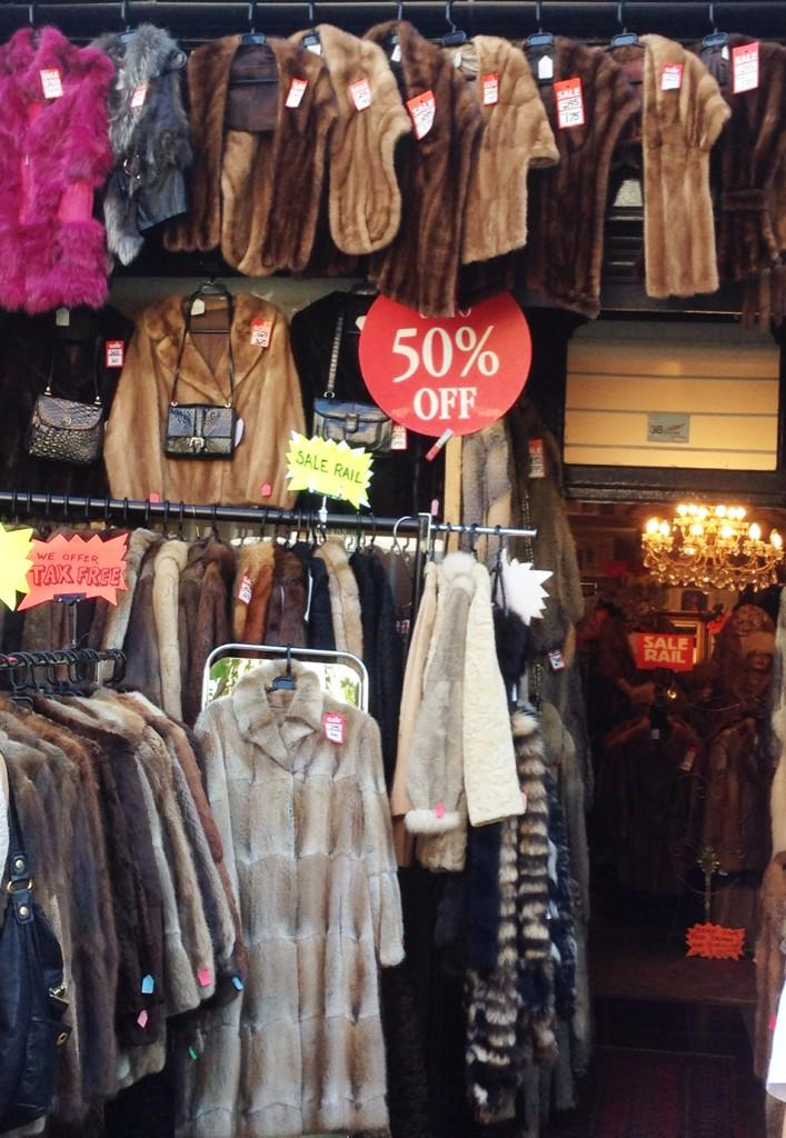 I think that today, the 50 per cent discount offer may not have been quite enough. http://t.co/OsmOjxu1Z3