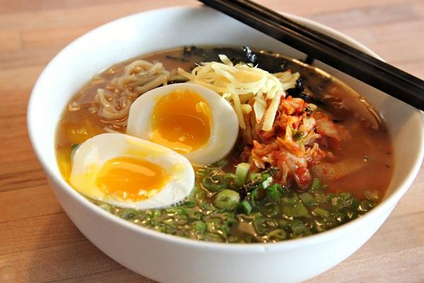 What's better than a steaming bowl of ramen? ...a whole #festival dedicated to ramen! http://t.co/Sv6lFeV9oR http://t.co/wbNWg3YOKo