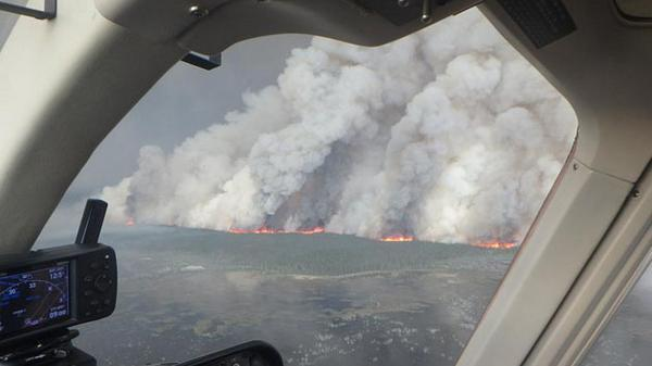 Northern Canada is On Fire, And It's Making Global Warming Worse http://t.co/pJN9xXJDVv via @motherjones http://t.co/QtTbEG94Lj
