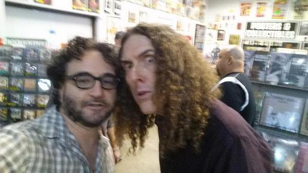 Just a selfie with my hero @alyankovic hoping to get him on @takemybitcoins. Fingers and toes crossed. http://t.co/bxEKIYAiFo