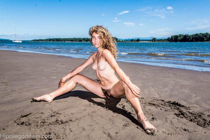 1 pic. my favorite #hirsute goddess!  'Thistle' #hairygirl, #nudebeach. Come see all of her sets at http://t