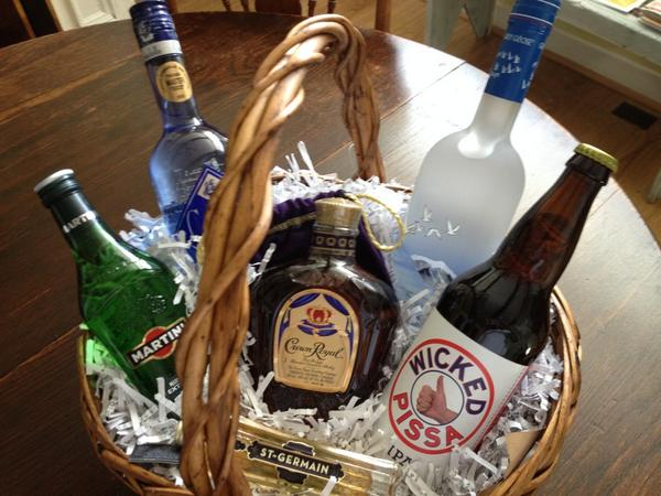 stasia walmsley on twitter now thats a liquor basket fundraiser for teamjdrf on tap for tomorrow winning raffle httptcomfm8zkfzam