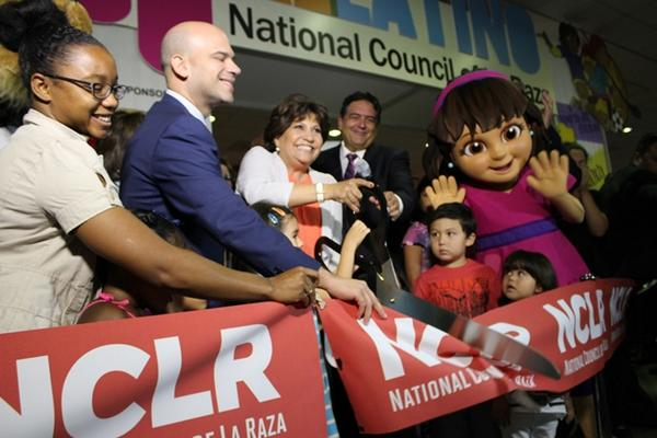 Today, @NCLR kicks off the Nat'l Latino Family Expo w/our official ambassador, @DoraTheExplorer. Join us! #NCLR14 http://t.co/Xoej33ypFY