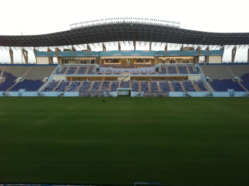 ملعب جامعة الملك سعود جاهز صور نادي الهلال السعودي شبكة الزعيم الموقع الرسمي