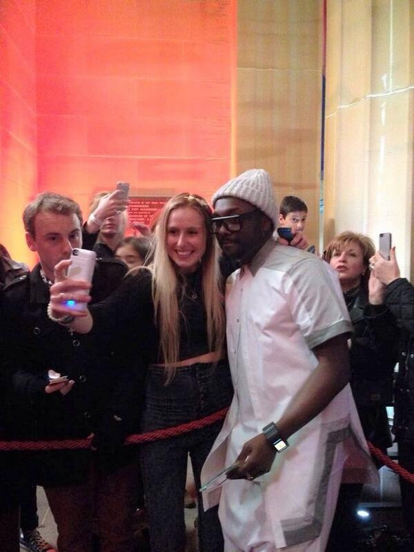 Proud to b a fan of this guy! Love his appreciation towards all fans, couldn't thank him enough❤️@iamwill #thevoiceau http://t.co/HpdLvPMwBF