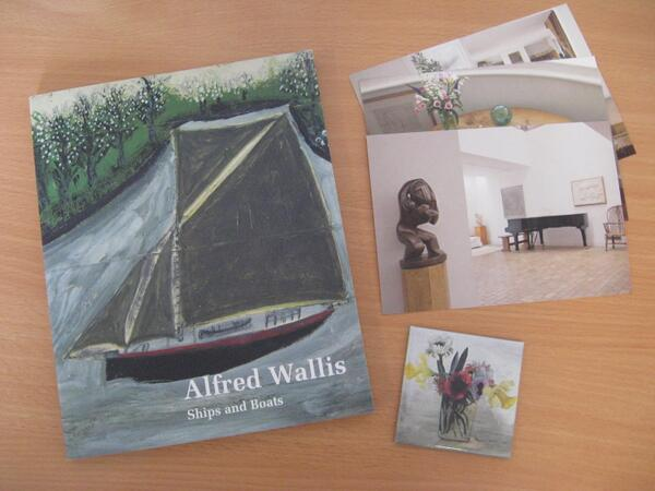 Retweet to win an Alfred Wallis book, Christopher Wood magnet & 3 postcards from @kettlesyard #inernational exchanges http://t.co/dOwRPdeb8o