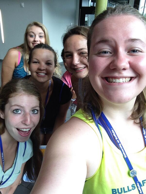 Loving life @UBOrientation http://t.co/Fb02klPzun