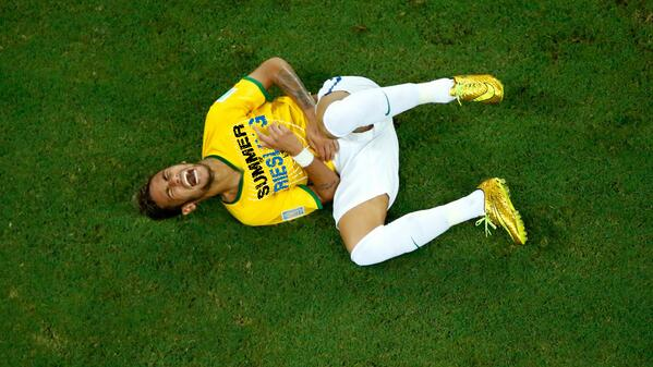 Do NOT give Neymar oaky chardonnay. Do NOT. #Riesling ONLY. http://t.co/XDOO99mrk8