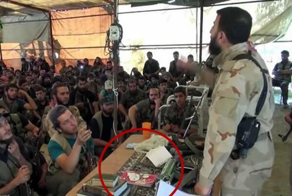 Libreta de #HelloKitty de rebelde sirio causa burlas. Checa el #video http://t.co/fFqUR3WJ2C  via @El_UniversalTV -- http://t.co/h3UkRKdf7i