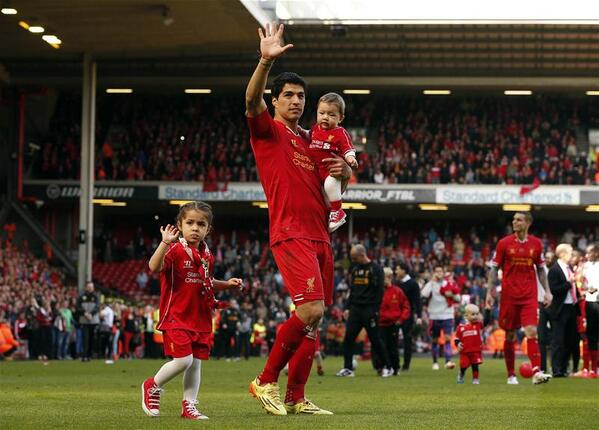 The final fee paid by Barcelona to Liverpool for Luis Suarez is: £58m [El Mundo Deportivo]