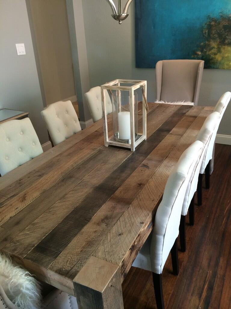 Sean Lowe On Twitter A Look At Our New Dining Room Table From HandHshop This Thing Is 300lbs Of Solid Oak Tco KmWydiemc8