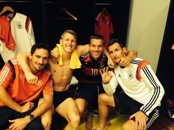 Amazing win !! Rio we are coming....#final #yeah #dfb #poldi #GERBRA #rio #team http://t.co/4zShJqciqG
