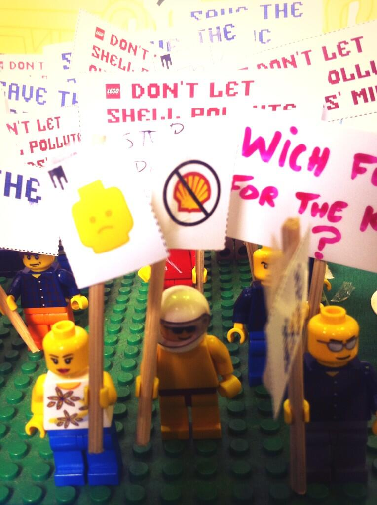 Took part in a mini-protest with @Camden_GP asking @LEGO_Group to  #BlockShell http://t.co/Q8h3j50C2v http://t.co/lvKfM6rp71