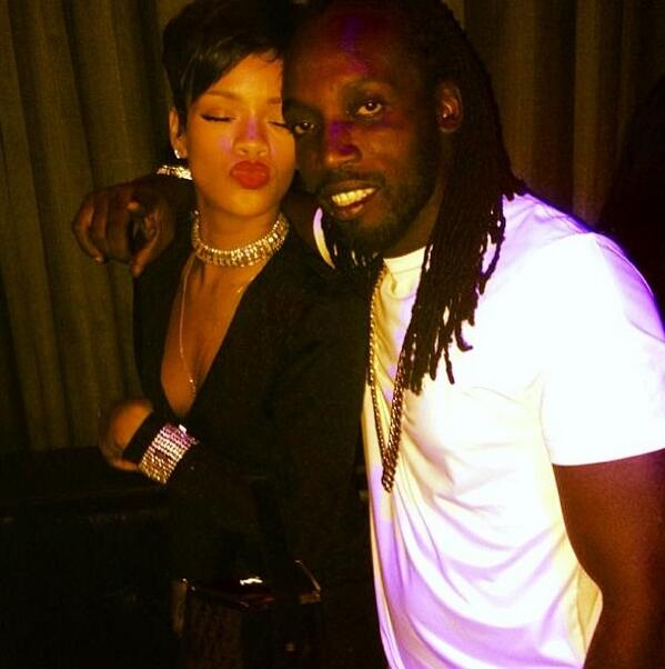 I have some serious work 4 my fans coming bigup @rihanna #jamaica #barbados #music #dancehall http://t.co/gfX050PcEI