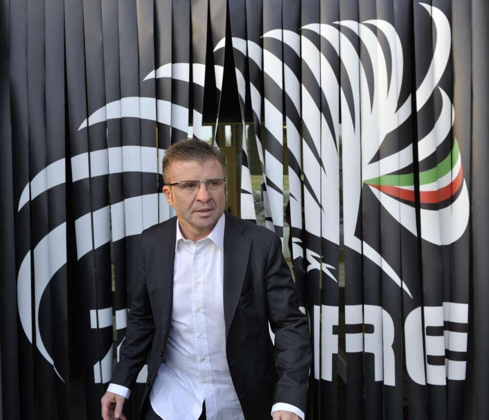 """Zebre Rugby On Twitter: """"Il Coach Della Zebre @archicavi"""