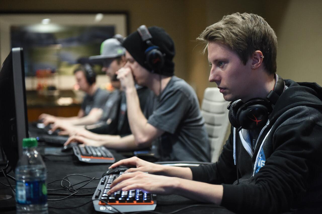 The Alliance перед первой игрой против iG.