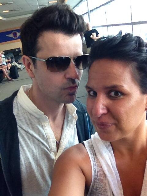@jordanknight thanks for making my cousin giddy! Lol http://t.co/fAZR25u8o4