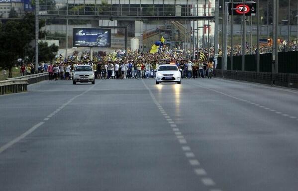 BsInWoWCUAAD12g - Fenerbahçe Sohbeti..