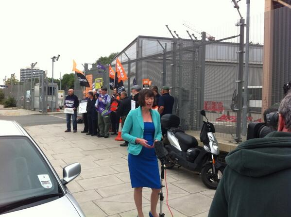 Tuc gen sec Francis O'Grady on picket line in london as up to million strike over pay and living standards #j10 http://t.co/4rYmTAkiwN