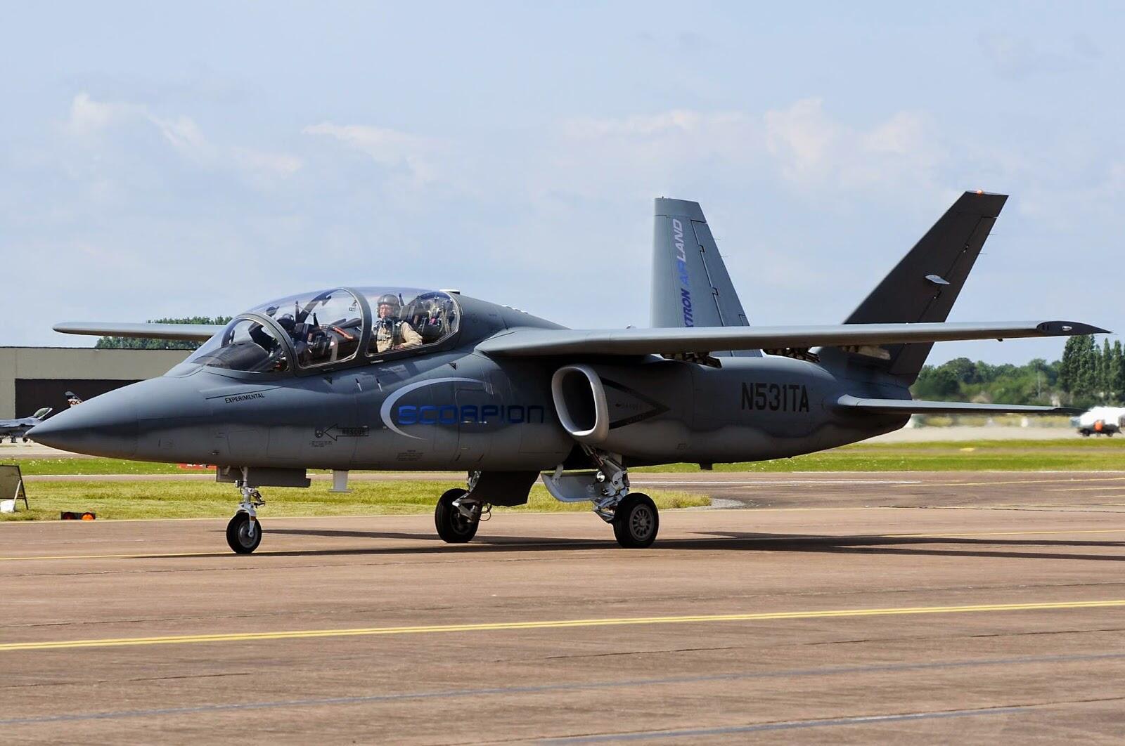 Scorpion ISR/Strike Aircraft BsL30fSIYAAW9W0