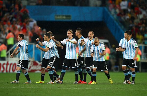 On the #WCT blog we're now looking ahead to Sunday's #WorldCup final. What will #ARG need to do to beat #GER? http://t.co/lobl9Gy9Rw