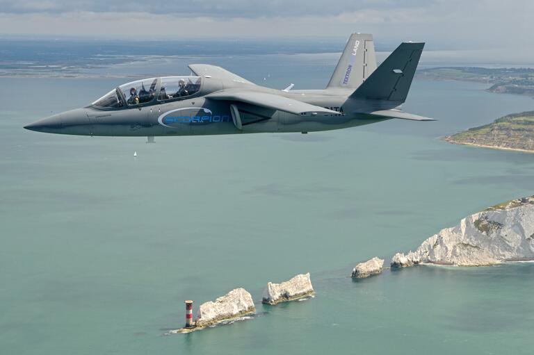 Scorpion ISR/Strike Aircraft BsL8wVYIQAA_SYj
